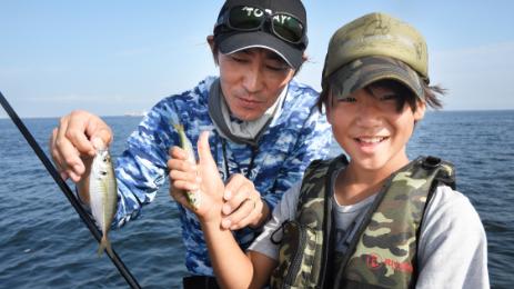 防波堤で「ウキフカセ釣り」にチャレンジ